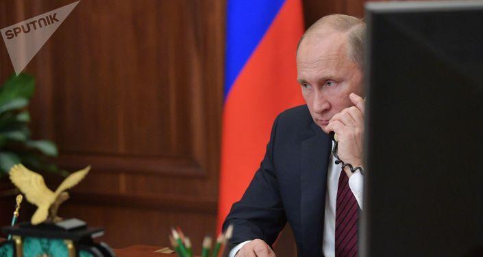 普京在與阿薩德的電話會談中