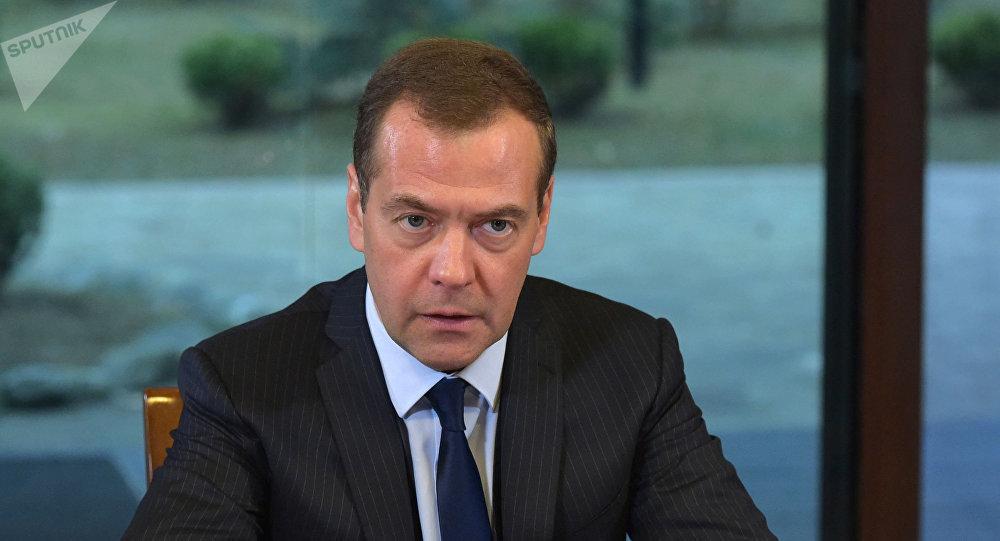俄總理:美國利用經濟制裁試圖與俄進行不正當競爭