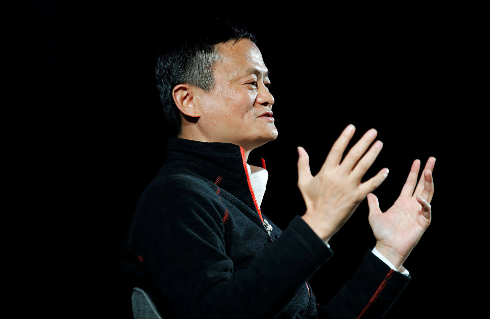 中國最大高科技公司阿里巴巴集團總裁馬雲表示,大數據在未來幾十年內可能使計劃經濟復活,計劃經濟將非常高效。馬雲說:過去的一百多年來一直覺得市場經濟非常之好。
