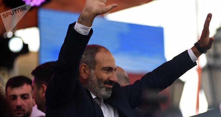 亞美尼亞議會選舉結果出爐,反對黨領導人帕希尼揚當選總理