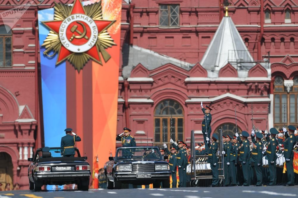 俄罗斯国防部长检阅