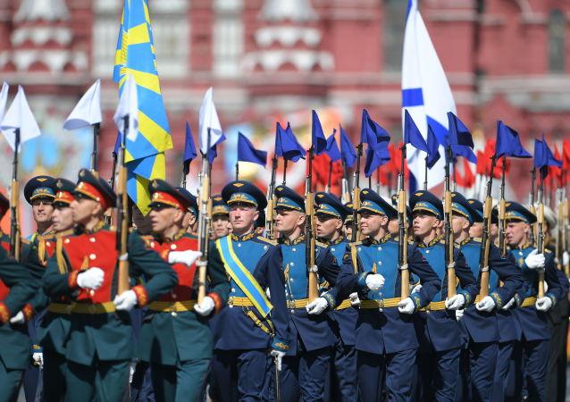俄民众依旧对俄罗斯军队和东正教会信任有加