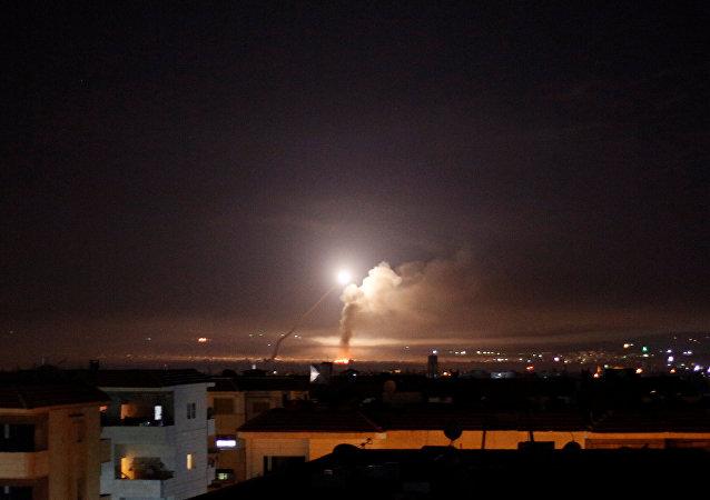 敘利亞媒體:空襲導致大馬士革近郊4人死亡