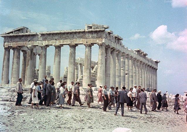 希腊总统希望英国归还埃尔金石雕