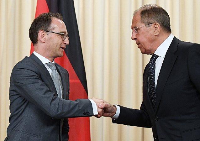 德国外长表示希望俄罗斯参与恢复明斯克进程