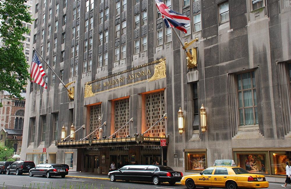 在中國政府施壓之下,安邦賣掉了2014年以19.5億美元收購的紐約華爾道夫酒店。此後,醜聞才被傳出。政府的強硬要求與打擊中國經濟中的灰犀牛有關。