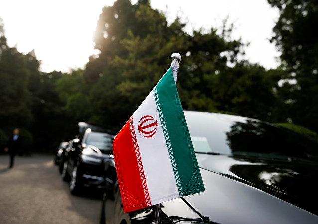 中国与伊朗保持正常交往合作无可非议