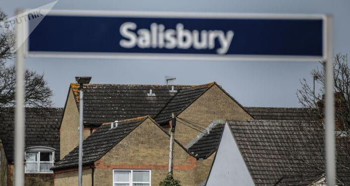 倫敦方面指控的斯克里帕利中毒案嫌疑人否認攜帶毒物