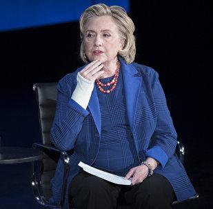 希拉里·克林頓支持澳對中國的指責
