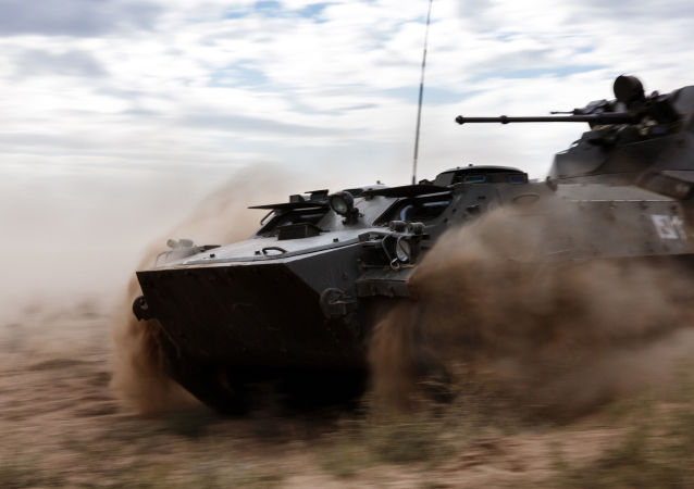 MT-LB履带式装甲运输车