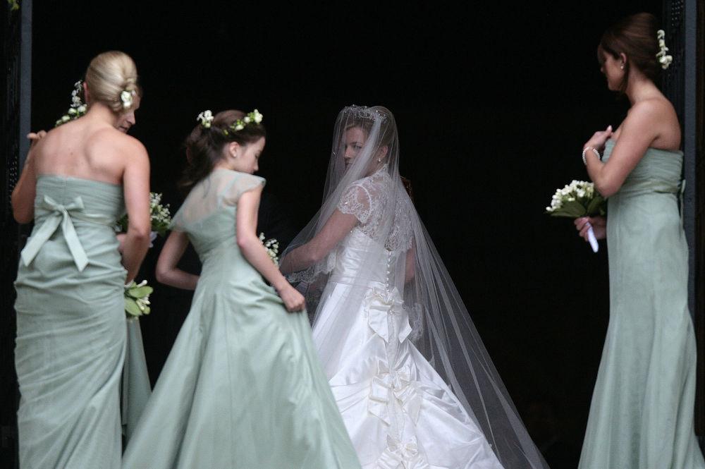 伊麗莎白二世長孫彼得·菲利普斯的新娘