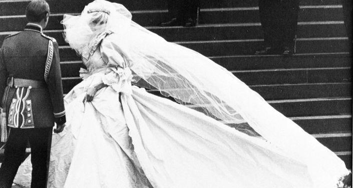 婚礼上的戴安娜王妃