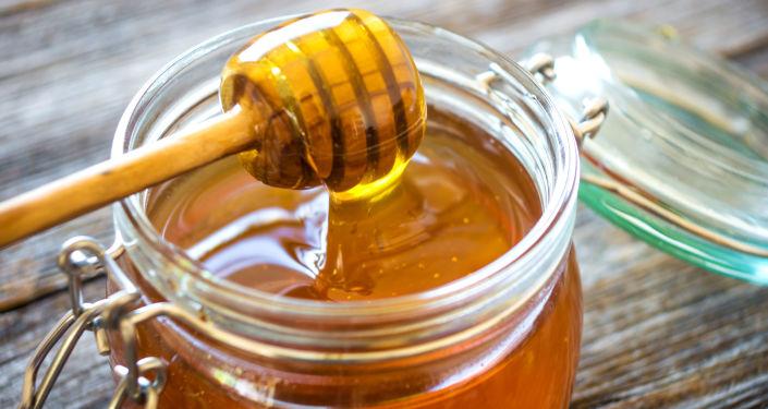 日本正在研究从俄阿穆尔州进口蜂蜜问题
