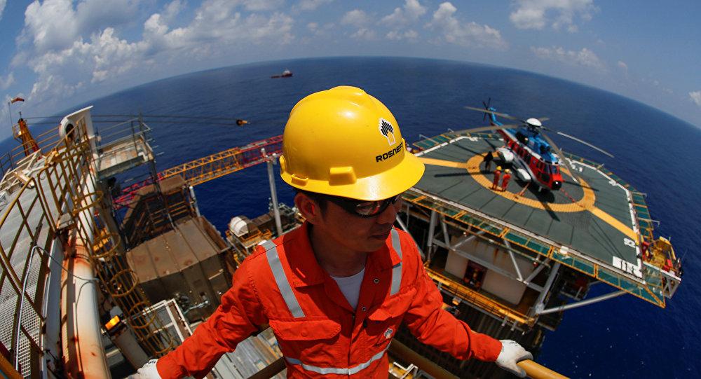 俄總統新聞秘書:俄石油未與克宮磋商南海大陸架鑽探事宜