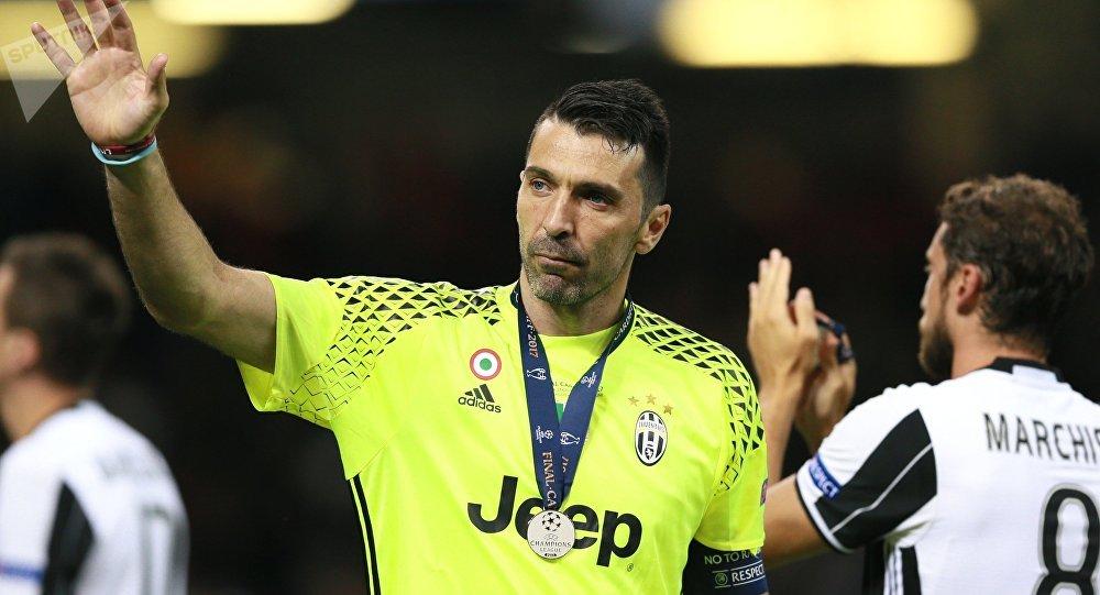 足球巨星布馮:守門員的作用不應被低估