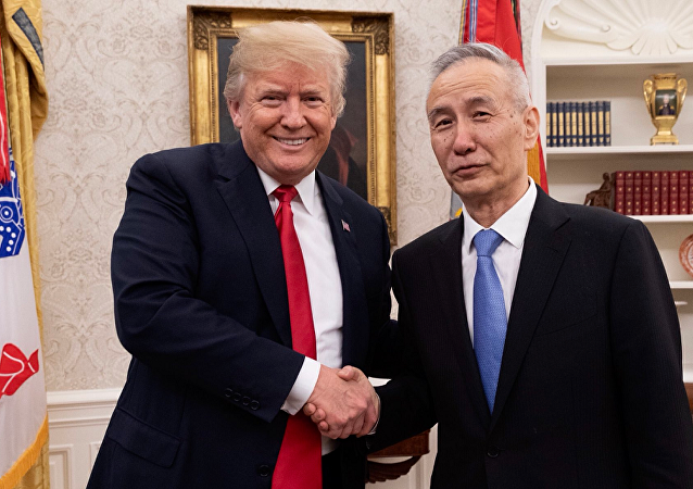 特朗普會見中國國務院副總理劉鶴(資料圖片)