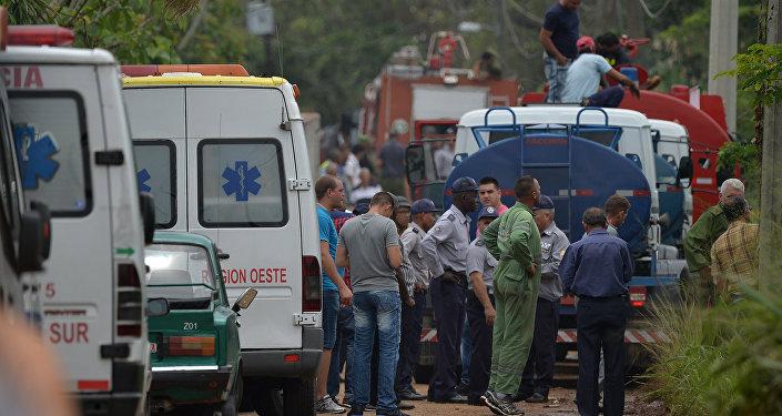 媒体:三名遭遇波音737-200客机空难的乘客幸存