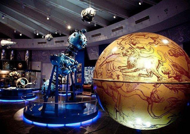 莫斯科天文館開啓浪漫約會季