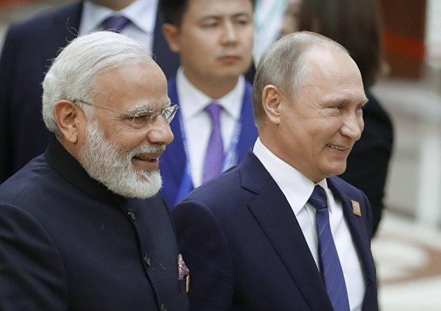 俄总统普京访问印度期间,双方将就俄对印供应5个团的S-400防空导弹系统签署合同