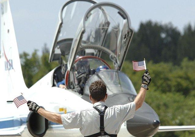 美国空军:一架教练机在密西西比州失事 飞行员跳伞生还