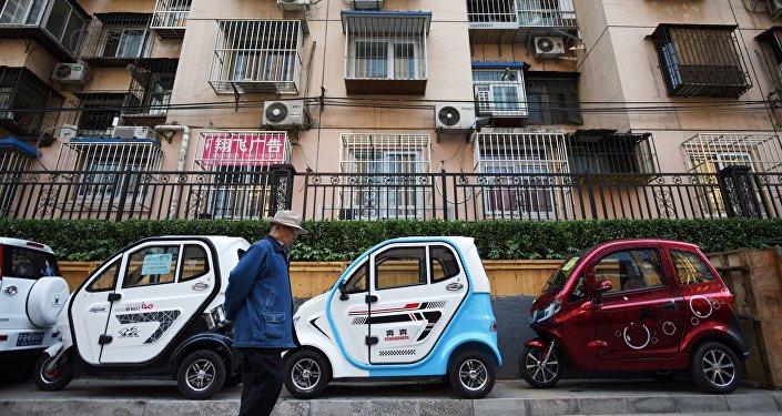 大城市中国人更青睐电动车