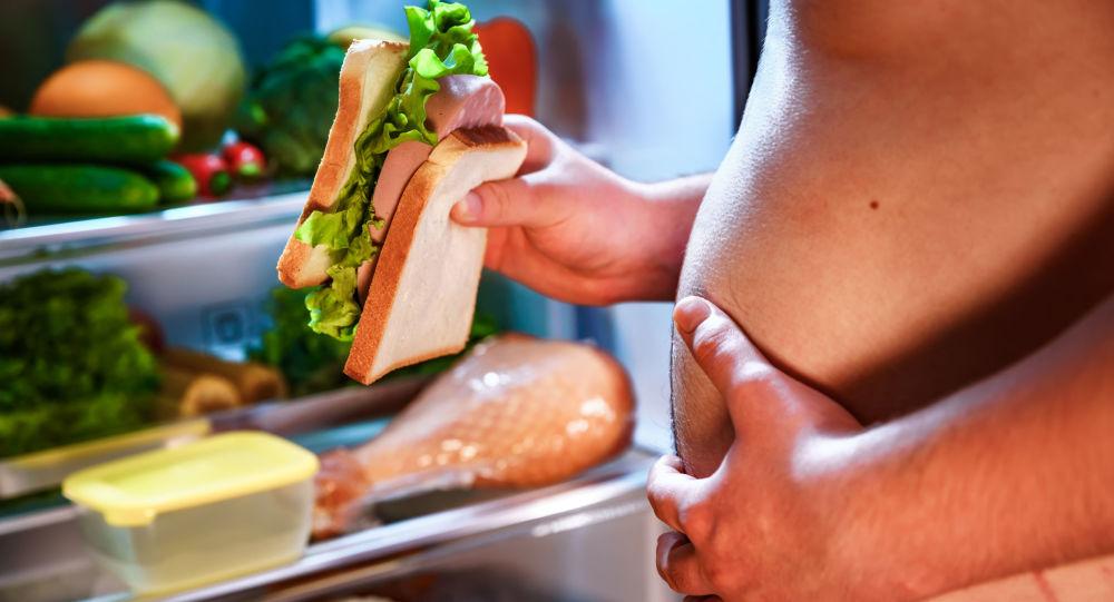 专家指出导致腹部有害脂防堆积的五种食物