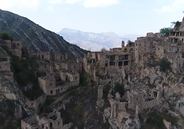 鬼村——达吉斯坦共和国高山之上
