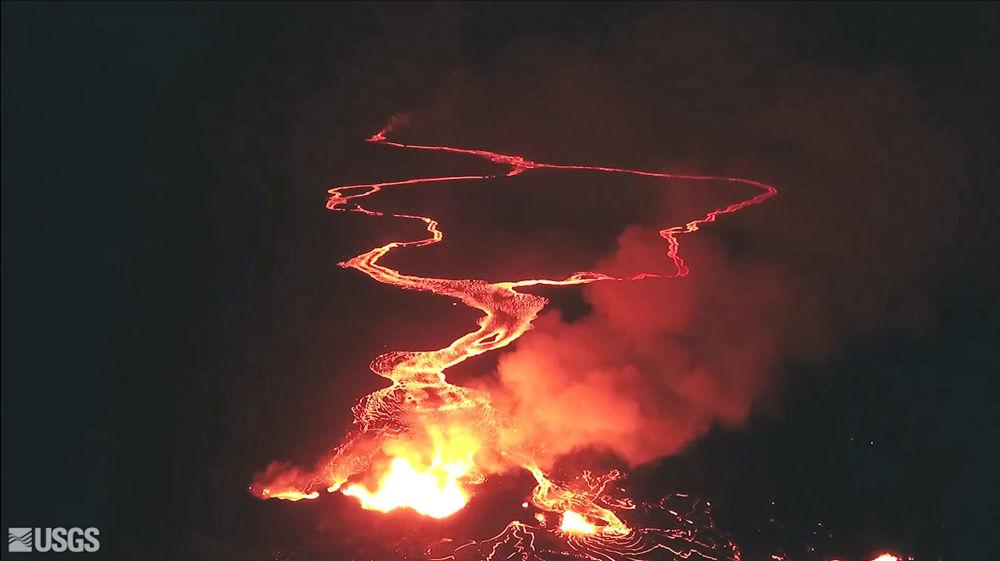 基拉韋厄火山底部崩塌