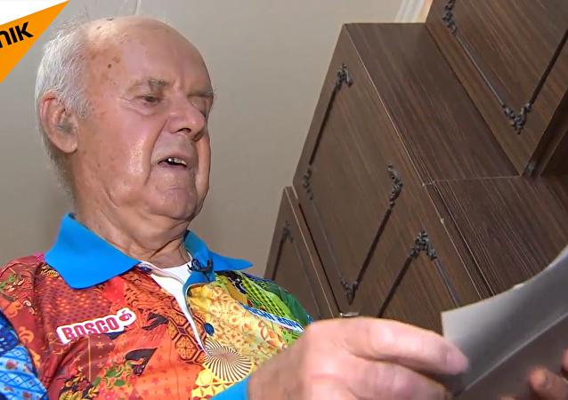 世界杯最年长志愿者