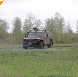 俄使用最新「颱風-K」裝甲運兵車