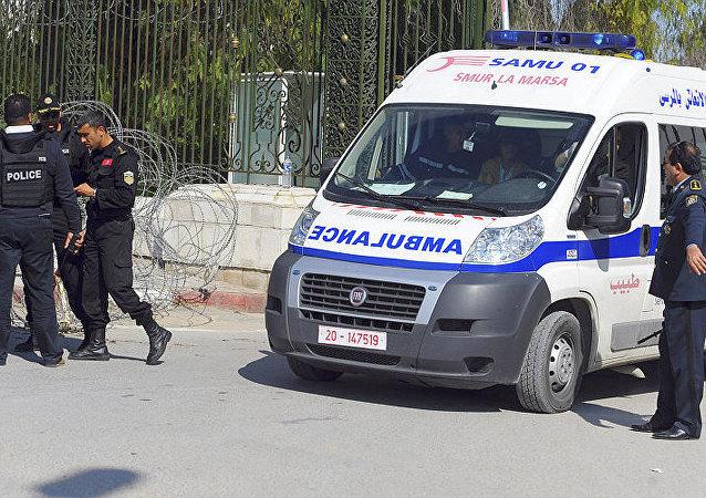 突尼斯内政部:该国海域船难死亡人数增至55人