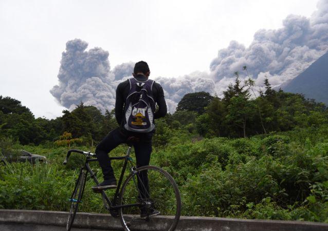 危地馬拉火山爆發