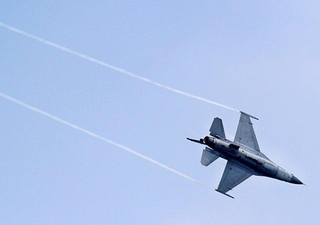 台湾空军F-16战机