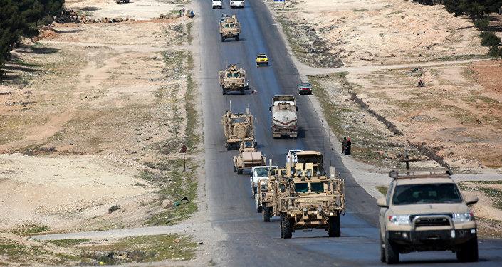美土批准叙利亚曼比季安全合作路线图