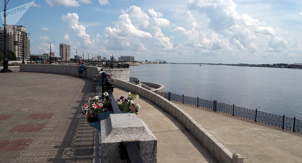 布拉戈維申斯克的阿穆爾河堤岸
