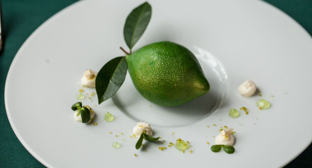 莫斯科俄餐馆普希金咖啡馆的绿柚子。