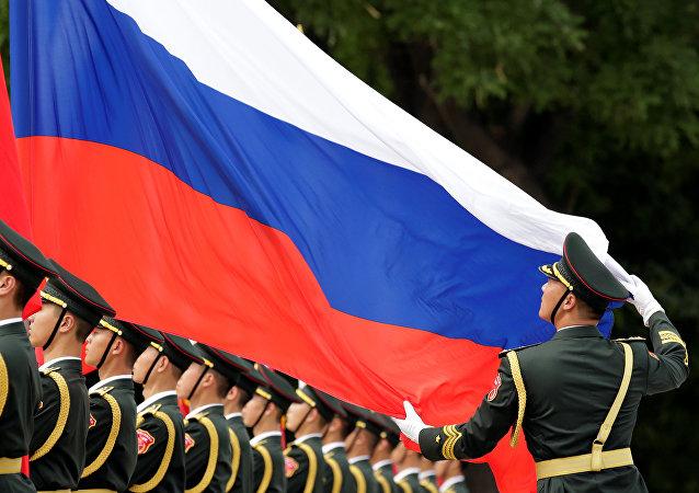 专家: 美国制裁只会进一步深化中俄两国在军事领域的战略协作