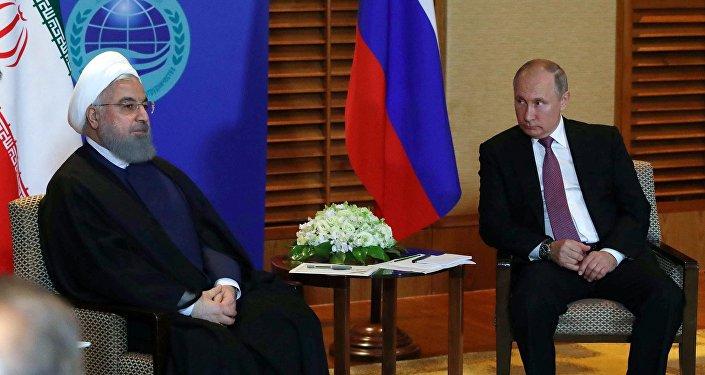 俄总统普京与伊朗总统鲁哈尼