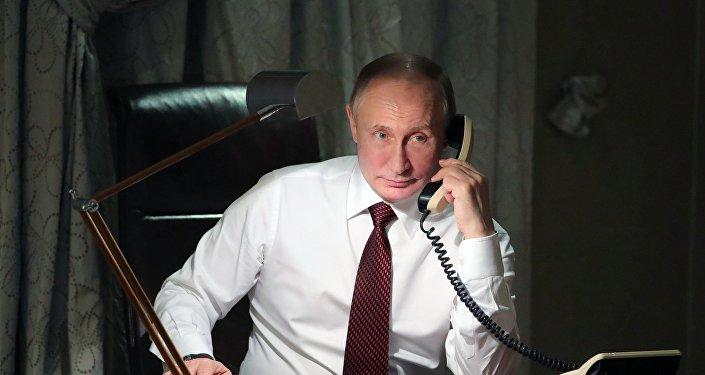 普京首次与泽连斯基通电话
