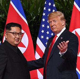 美國總統特朗普(右)和朝鮮領導人金正恩