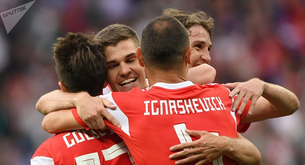 俄羅斯國足旗開得勝 5-0 擊敗沙特隊