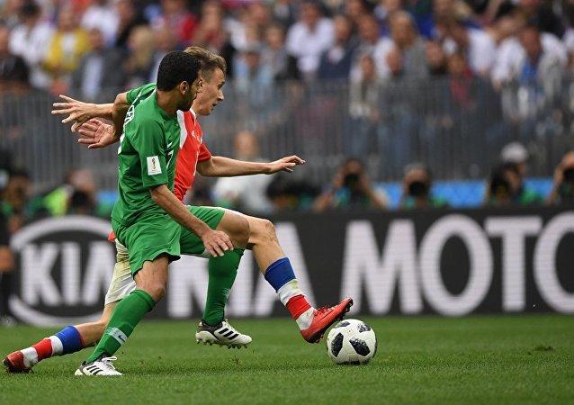 卡塔爾球迷在該國遭沙特封鎖下仍支持沙特國足隊