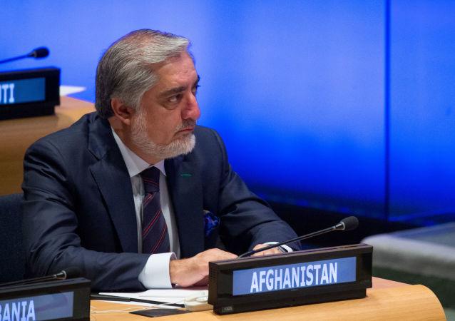 阿富汗總理呼籲塔利班開始與政府進行和談