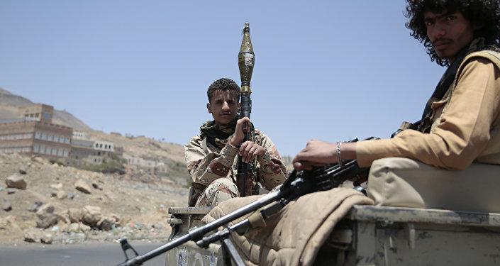 阿拉伯联军:约250名胡塞武装分子在荷台达机场争夺战中死亡