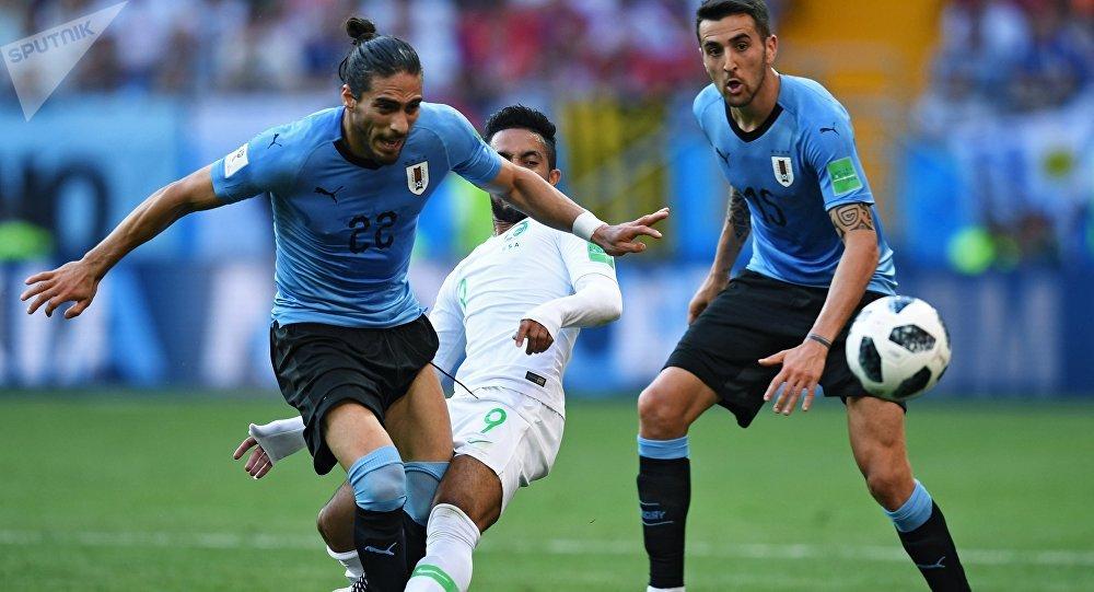 乌拉圭队击败沙特队提前踢进八分之一决赛