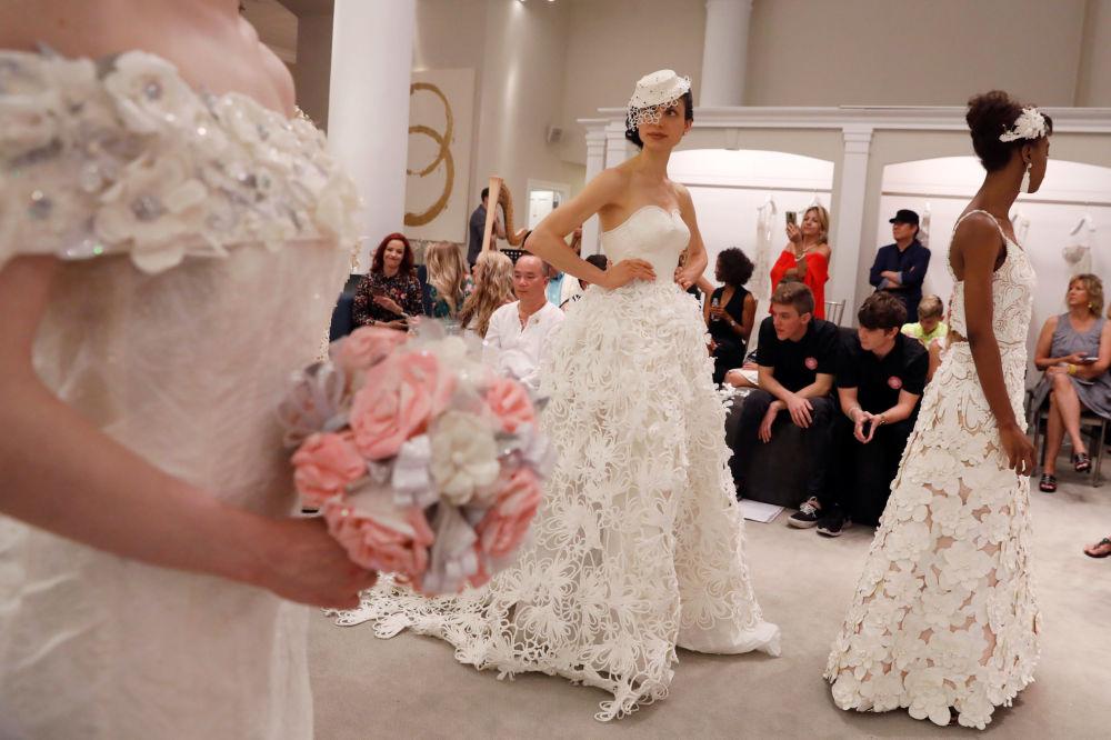 衛生紙婚紗