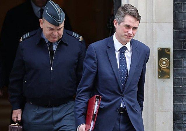 英國防部為英國首相對英軍事實力不自信而感到不安