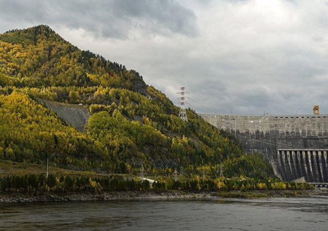 俄考古学家在萨彦-舒申斯克水电站被淹区发现公元前1世纪木乃伊