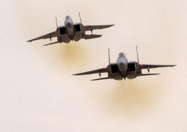 以空军攻击加沙地带20处目标 回应火箭弹袭击