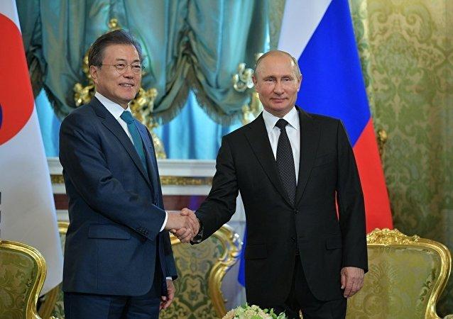 韩国总统文在寅应普京邀请21日抵达莫斯科